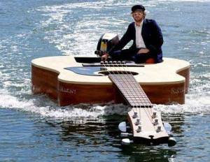 Guitar Dinghy